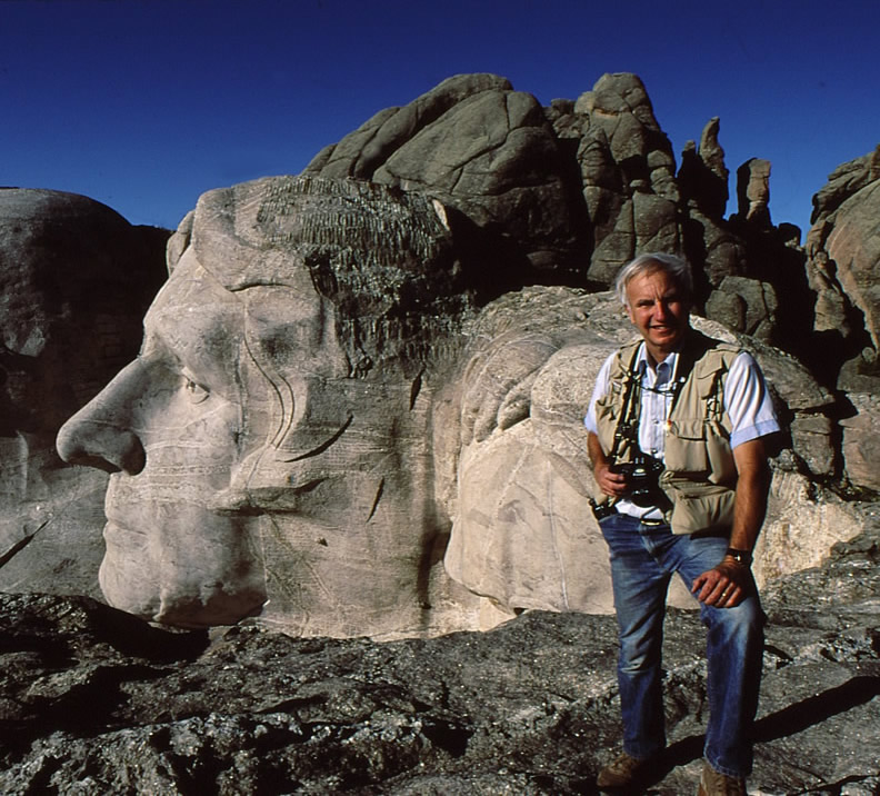 Dave Bartruff at Mt. Rushmore