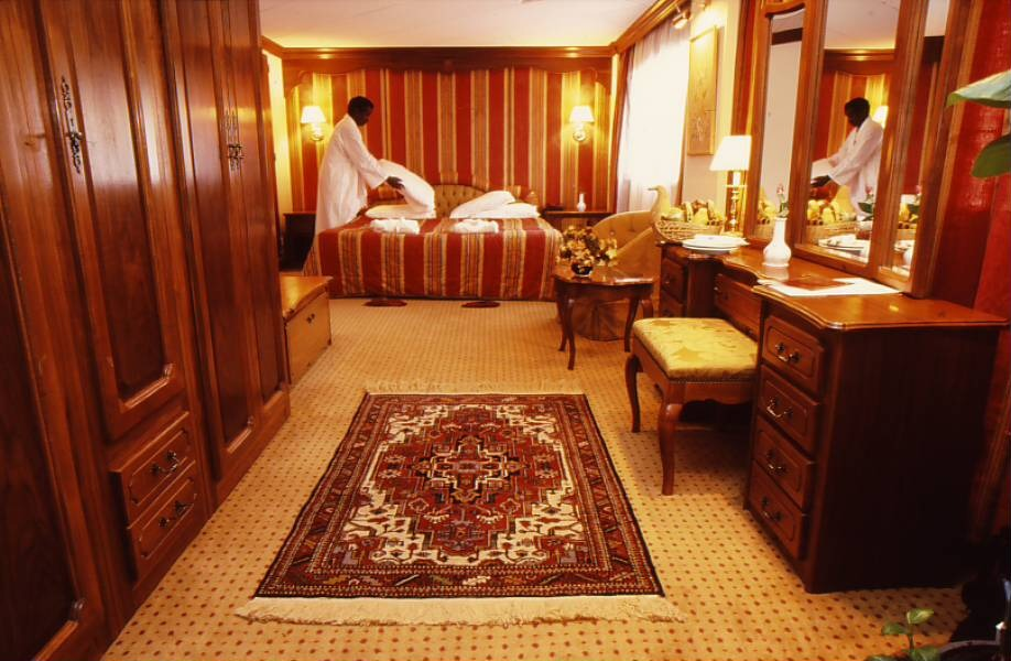 Luxury suite on Nile cruiser